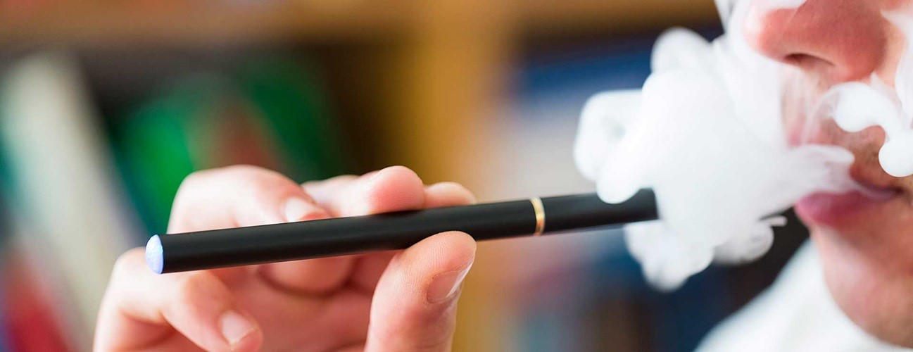 5 Ways Vaping Affects Your Dental Health